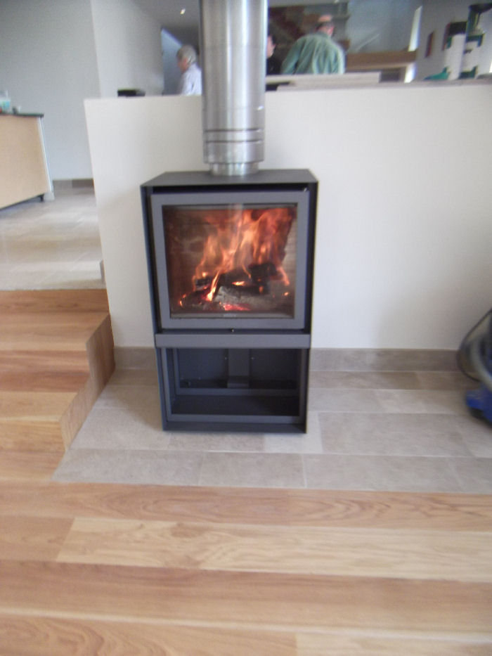 Technical data for stuv 16 cube wood burning stove for Stuv 16 cube prix